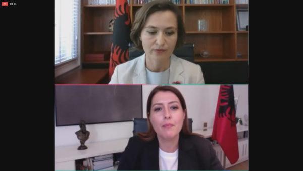Ende nuk ka datë për nisjen e vitit të ri shkollor, Shahini dhe Manastirliu: Po bashkëpunojmë për detajimin e protokollit të sigurisë