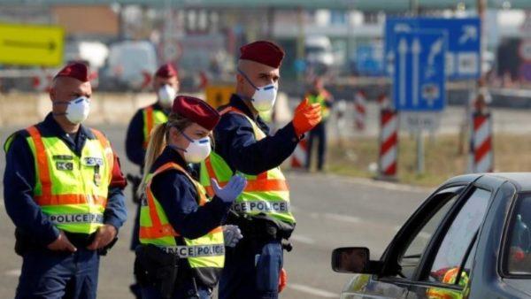 """Pandemia, """"reziston"""" ende Italia, rekord rastesh në Hungari, protesta kundër masave në Spanjë"""