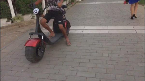 Motorët me qira në Elbasan, shqetësim për qytetarët, policia hesht