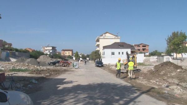 Pas tërmetit tragjik, fillon rindërtimi i qytetit të ri në Shijak