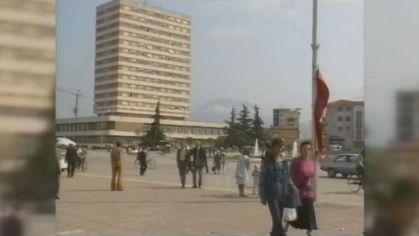 Marrëdhëniet me FMN, historia dashuri-urrejtje mes qeverive shqiptare dhe Fondit