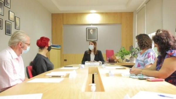 Shqipëria pjesë e COVAX, Manastirliu: Të angazhuar për të pasur vaksinën e sigurt anti-Covid