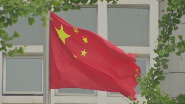 Ambasadori amerikan akuzon Kinën për Covid-19: Fajtore për pandeminë