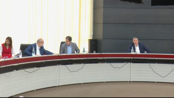 KQZ e re, partitë caktojnë njerëzit e tyre në komisionin e posaçëm të Kuvendit