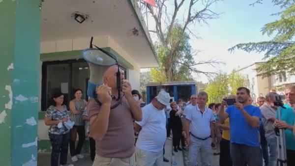 Naftëtarët në Tiranë. Protesta do të zhvendoset para Ministrisë së Energjetikës