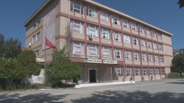 30 shkolla në rindërtim. Durrës-Shijak, fillim i vështirë i vitit të ri shkollor
