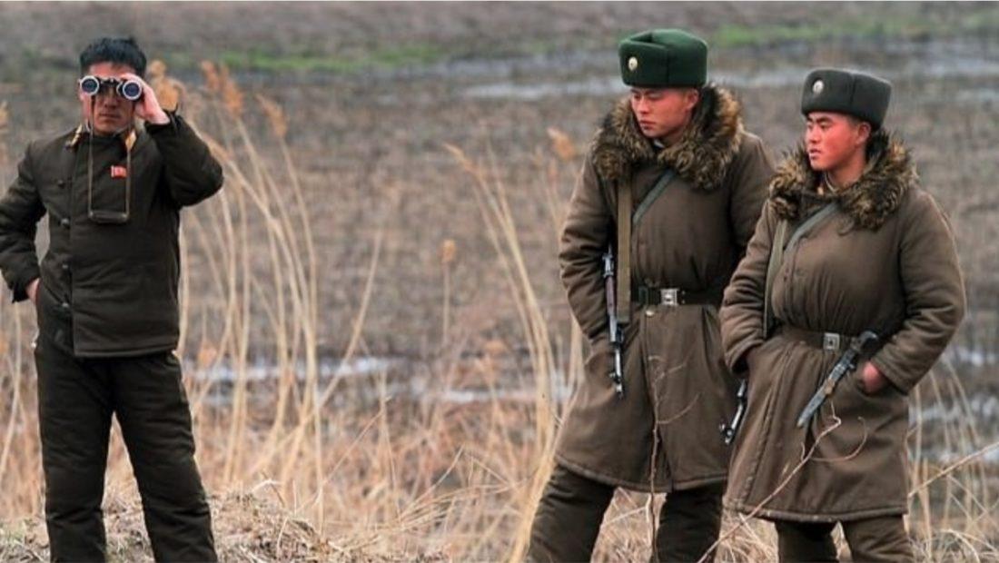 ushtaret koreja e veriut 1100x620