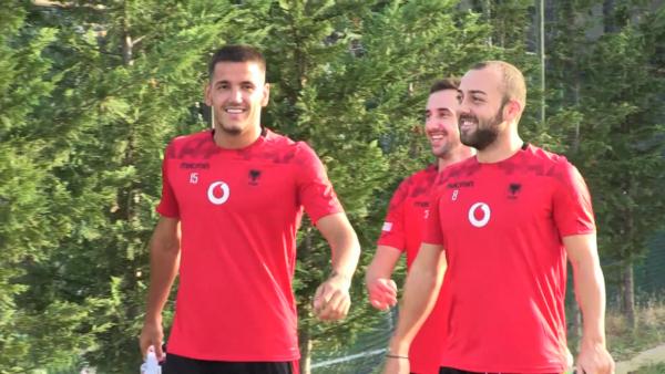 Futbollistët e Kombëtares u nënshtrohen testeve për Covid-19