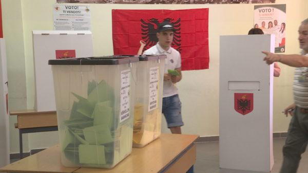 Presidenti Ilir Meta cakton datën e zgjedhjeve