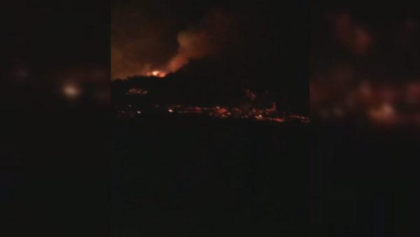 Zjarri në Zvërnec, evakuohen disa familje gjatë natës nga banesat