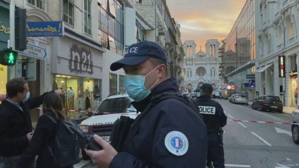 Sulmet terroriste, Franca është në luftë: Armiku është brenda dhe jashtë vendit