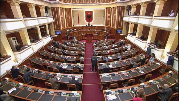 Kuvendi miraton ndryshimet në Kodin Zgjedhor