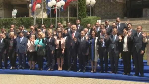 """Marrëveshjet Shqipëri-Kosovë, mungesa e vullnetit, """"arritjet"""" mbetën në letër"""