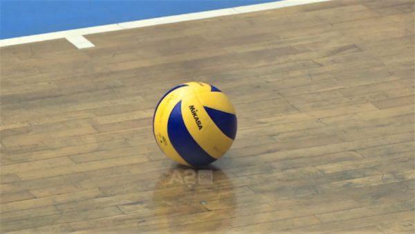 Nuk ka lojëra me dorë, Ministria e Shëndetësisë i mbyll dyert volejbollit
