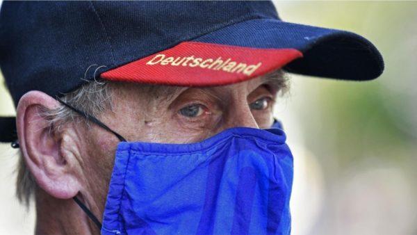 Rritje rekord infektimesh në Holandë e Gjermani, italianët kudo me maska