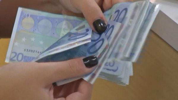 Mikrokredia, institucionet të gatshme për të financuar ekonominë