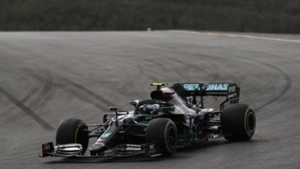 7 herë kampioni i Formula 1, Lewis Hamilton rinovon kontratën me Mercedes