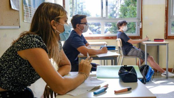 Itali, rriten shifrat e pandemisë në jug, dalin të  dhënat e përhapjes së COVID-19 në shkolla