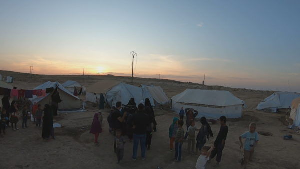 Në kërkim të jetimëve, shqiptarët kërcënohen nëse tentojnë të braktisin kampin Al-Hawl