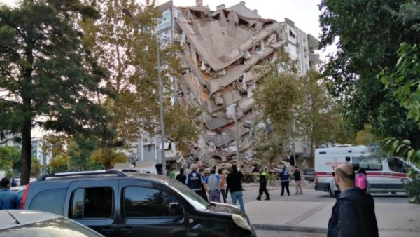 Tërmeti i fuqishëm, BE solidarizohet me Turqinë dhe ofron ndihmë