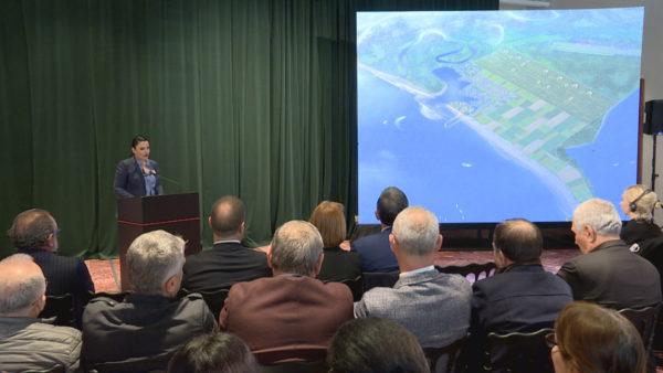 Rrugëtimi i aeroportit, premtimi për Vlorën, prej 5 vitesh projekt në letër