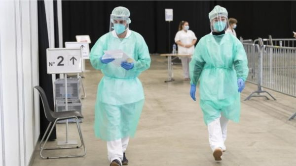 Gjermania kalon 1 milion raste, në SHBA rritet numri i të shtruarve në spitale