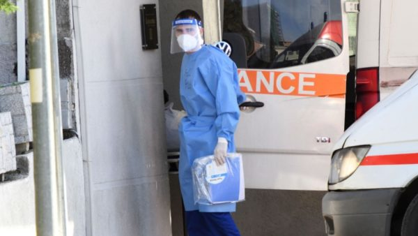 infermier koronavirus 600x338
