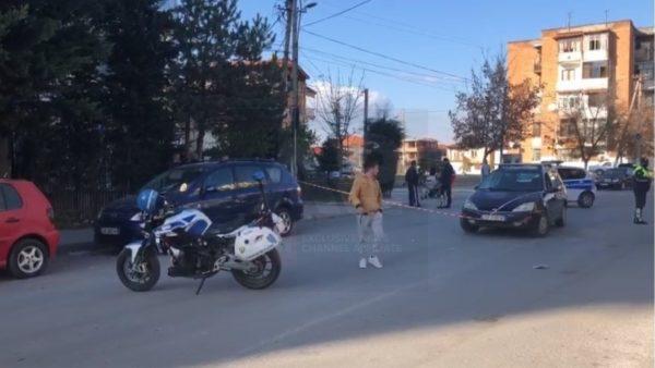 Aksident në Korçë, automjeti përplas gruan