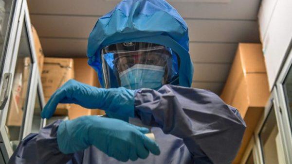 Koronavirusi, OBSH paralajmëron për një valë të tretë