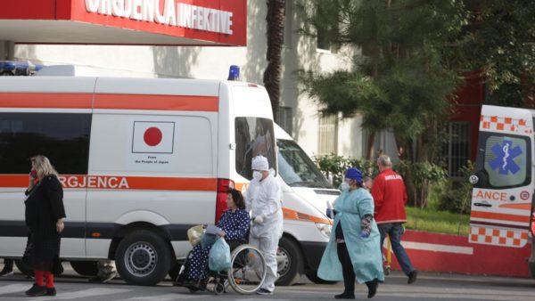 Durrësi me numrin më të lartë të të infektuarve pas Tiranës, vështirësi për hetimin epidemiologjik