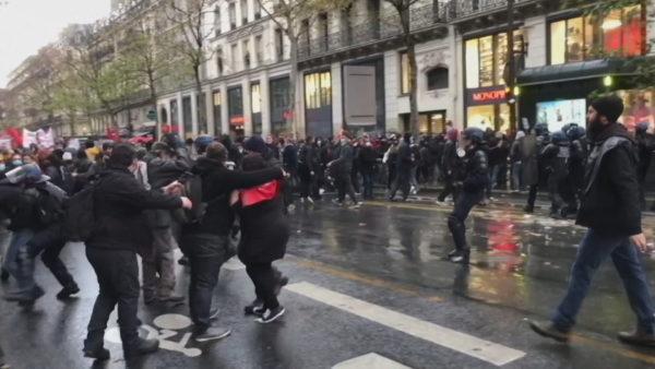 Protestë kundër dhunës policore, përleshje dhe trazira në Francë, qindra të arrestuar
