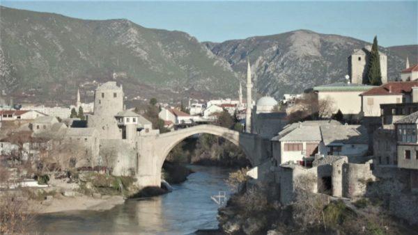 Votimi i parë në 12 vite, partitë boshnjake dhe kroate fitojnë zgjedhjet në Mostar