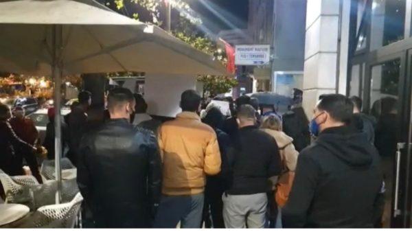 Vrasja e 25-vjeçarit, protestë edhe në Durrës