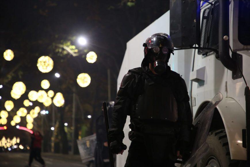 Arrestime dhe gaz lotsjellës, dita e katërt e protestave në foto