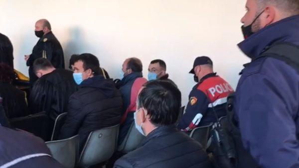"""Operacioni """"Hapësira"""" në Vlorë, gjykata lë në arrest me burg 27 persona"""