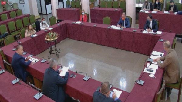Komisioni për Dick Martyn, mbledhja e parë, Bushka e Xhina relatore të çështjes