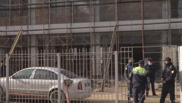 Policia arreston dy ndërtuesit, por nuk parandaloi ngjarjen