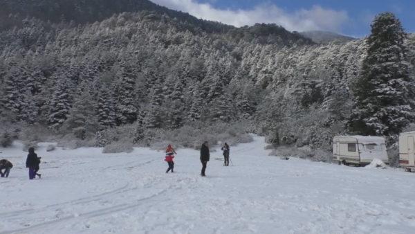 Magjia e bardhë e Llogarasë, vizitorët marrin rrugën drejt parkut kombëtar