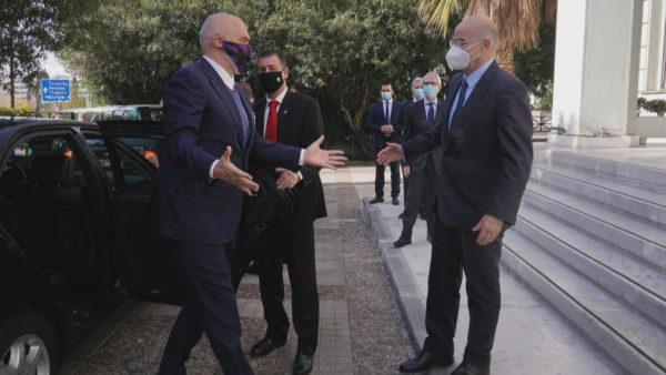 """Vizita """"private"""" në Greqi, Rama diskuton për detin, raportet bilaterale dhe pandeminë"""