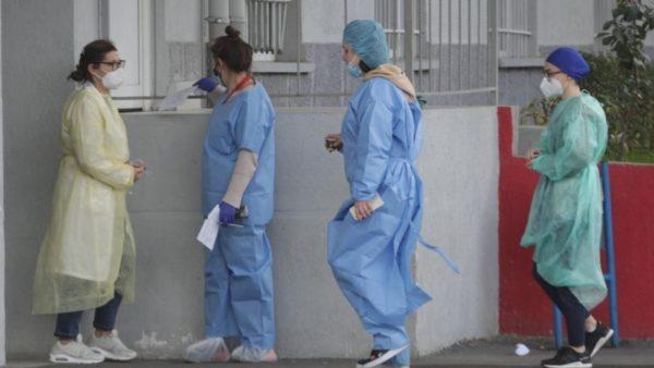 Koronavirusi në Shqipëri, rritje e lehtë e rasteve të reja, vetëm 20 persona të shtruar në spital