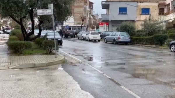Qëllohet me armë zjarri Marion Mitro në Vlorë