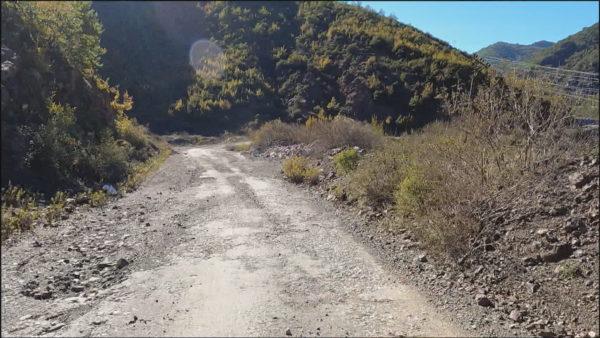 Rruga Koman-Vau i Dejës mbi 40 vite pa asnjë mirëmbajtje