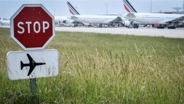 Kompanitë ajrore në krizë, përmirësimi vetëm nga viti 2023, por asgjë nuk do të jetë si më parë