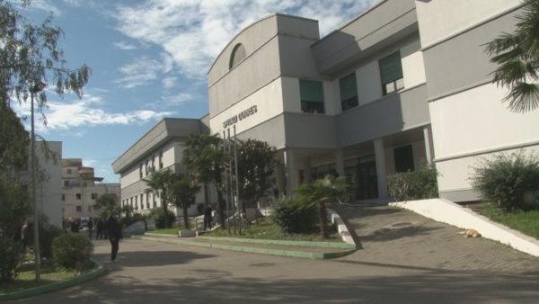 Spitalet rajonale, 74 të shtruar me Covid-19 në Durrës dhe Shkodër