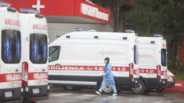 Shqipëria, ndër vendet me numrin më të lartë të vdekjeve të punonjësve shëndetësorë, në rajon