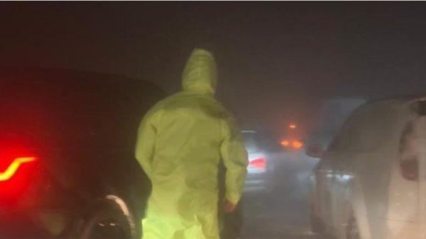 Acar dhe dëborë, 40 pasagjerë kërkojnë ndihmë në autobusin e bllokuar në aksin Milot-Lezhë