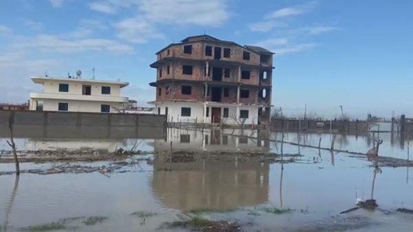 Dëmtohen banesa e biznese, rikthehen përmbytjet në Sukth dhe Nartë