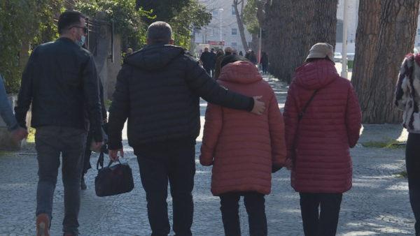 Shqipëria po plaket, shtesa natyrore bie në nivelin më të ulët historik
