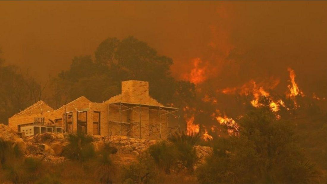 zjarr australi 1100x620