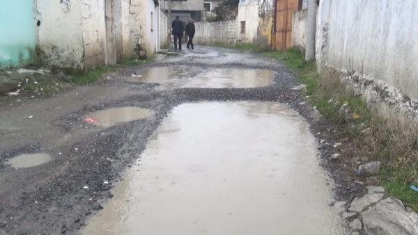 """""""5 Maji"""", lagjja e harruar si në Mesjetë në Elbasan"""